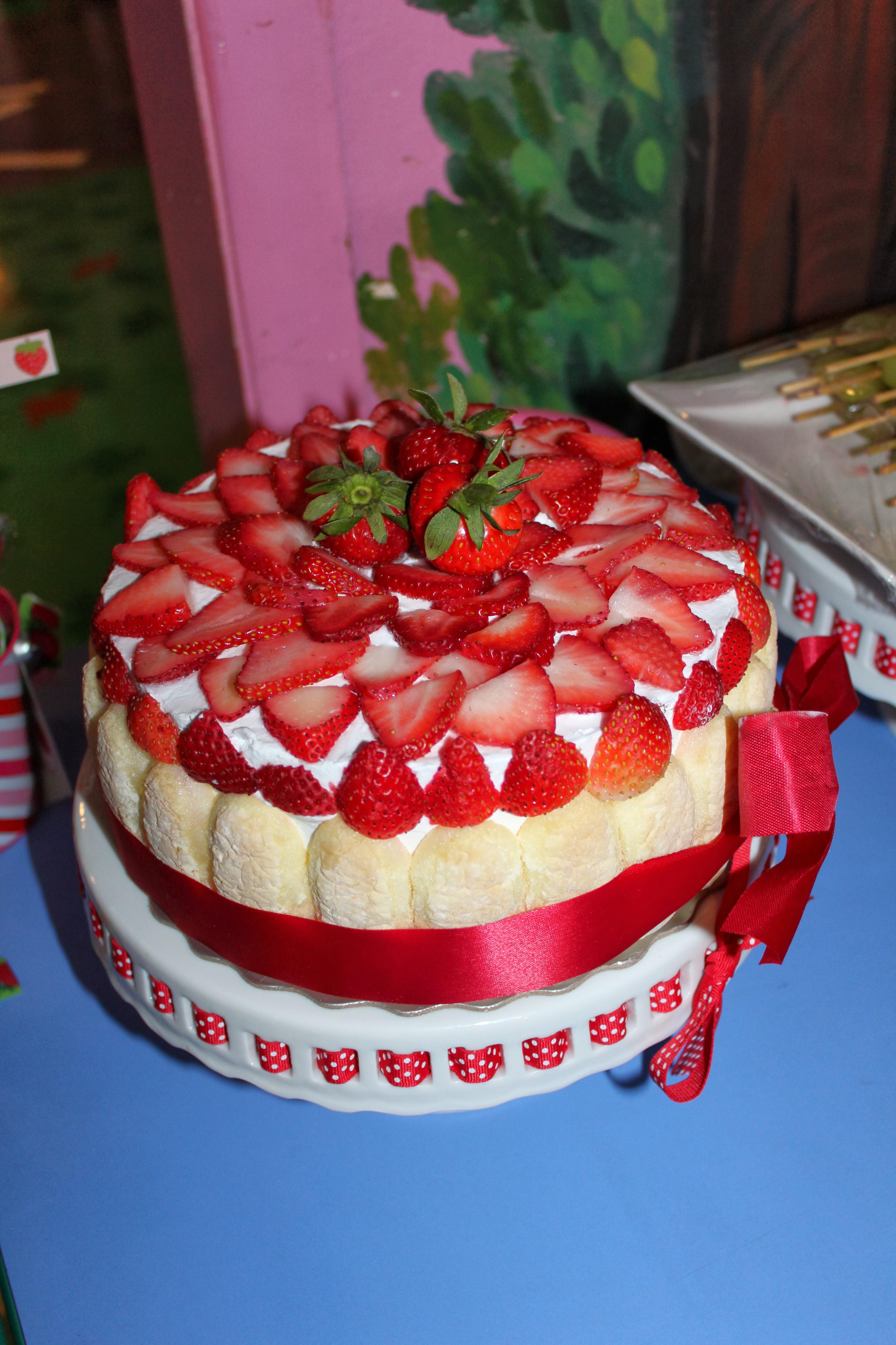 Sias Strawberry Birthday Party My Crunchy Life