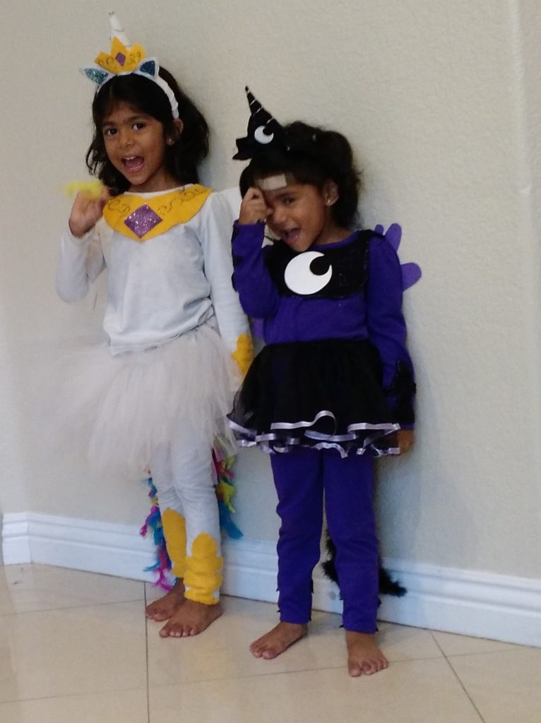 Parenting my crunchy life unfortunately i couldnt find any costumes for the princesses so i thought id try and make them i pieced them together and the girls loved them solutioingenieria Gallery